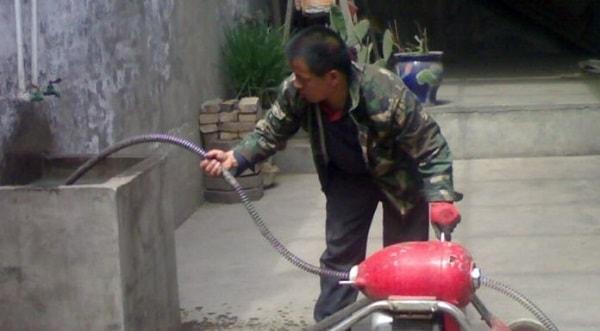 thông tắc đường ống nước