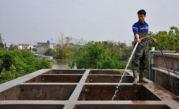 Dịch vụ thau rửa bể nước uy tín tại Hà Nội đúng giá 100.000đ/M